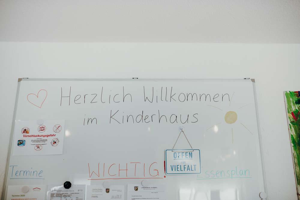 Kinderhaus Calden Heckenweg Bild 1